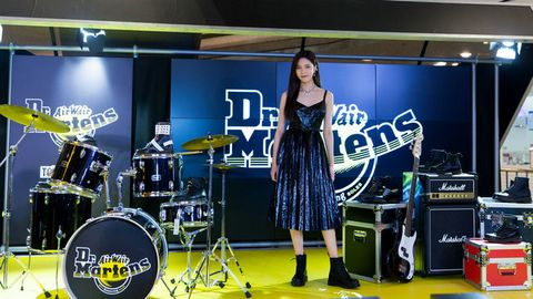 Drums, Drum, Product, Musician, Percussion, Music artist, Performance, Drumhead, Musical instrument, Electronic instrument,