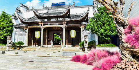 活动场地座落于极具中国传统特色的朱家角古镇