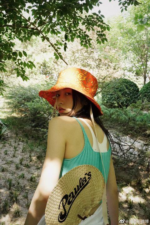 Jungle, Hat, Adventure, Headgear, Tree, Fashion accessory, Recreation, Vacation,