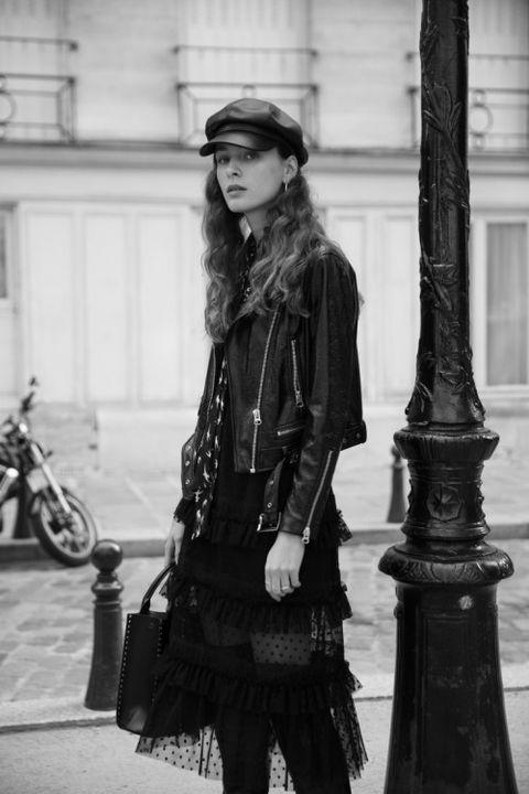 Street fashion, Photograph, Black, Fashion, Black-and-white, Snapshot, Beauty, Standing, Photography, Monochrome,