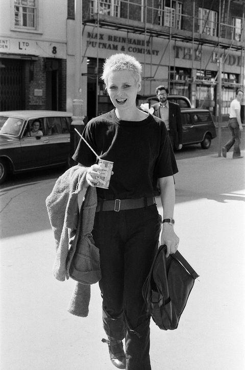 Photograph, White, Black, Black-and-white, People, Snapshot, Standing, Street fashion, Shoulder, Fashion,