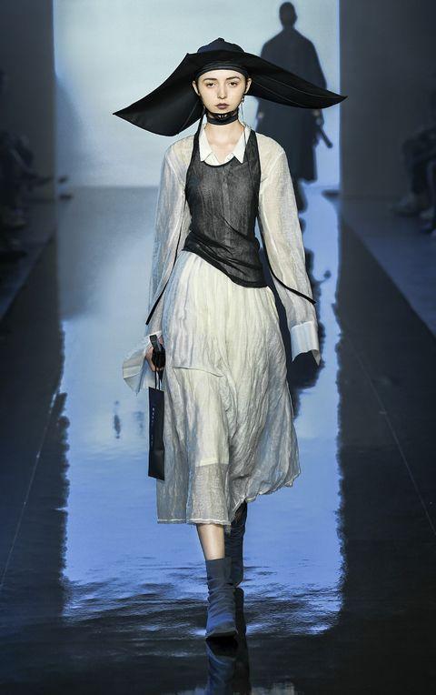 Fashion, Runway, Fashion model, Fashion show, Clothing, Outerwear, Fashion design, Haute couture, Dress, Long hair,