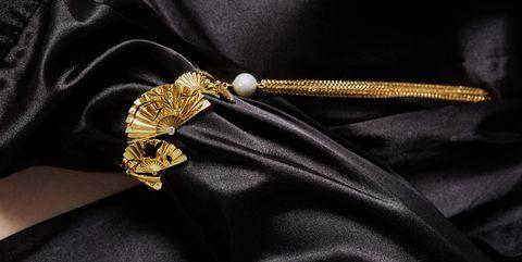 Fashion accessory, Metal, Gold, Zipper,