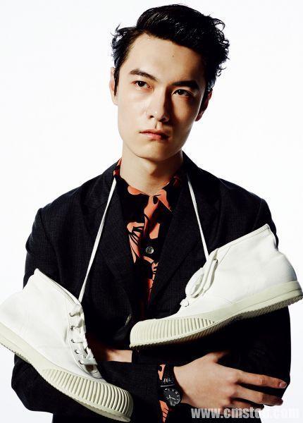 Footwear, Shoe, White-collar worker, Black hair,