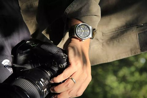 Wrist, Personal protective equipment, Hand, Watch, Strap, Photography, Leather, Fashion accessory, Jacket,