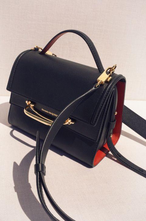 Handbag, Bag, Fashion accessory, Leather, Satchel, Shoulder bag, Luggage and bags, Material property, Kelly bag, Strap,