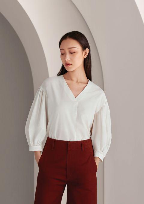 White, Clothing, Shoulder, Neck, Sleeve, Blouse, Shirt, Fashion, Formal wear, Uniform,