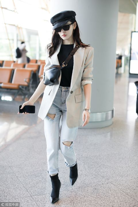 Clothing, White, Street fashion, Fashion, Outerwear, Blazer, Shoulder, Snapshot, Footwear, Coat,