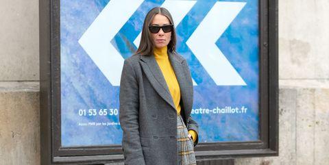 Street fashion, Blue, Fashion, Standing, Snapshot, Yellow, Advertising, Photography, Street, Outerwear,