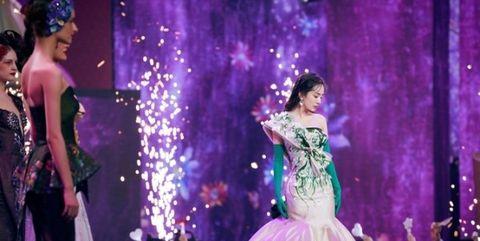 Gown, Dress, Performance, Purple, Fashion, Formal wear, Event, Quinceañera, Haute couture, Violet,