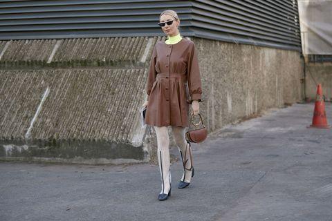 Street fashion, Clothing, Fashion, Coat, Outerwear, Snapshot, Trench coat, Pink, Beige, Footwear,