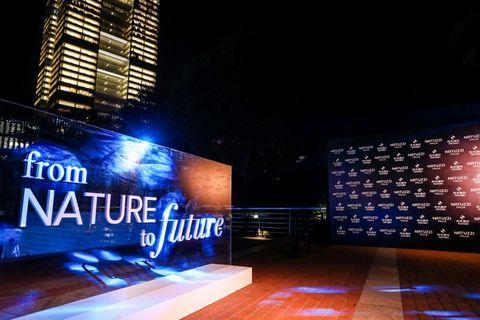 Light, Lighting, Architecture, Night, Metropolitan area, Building, Design, City, Facade, Signage,