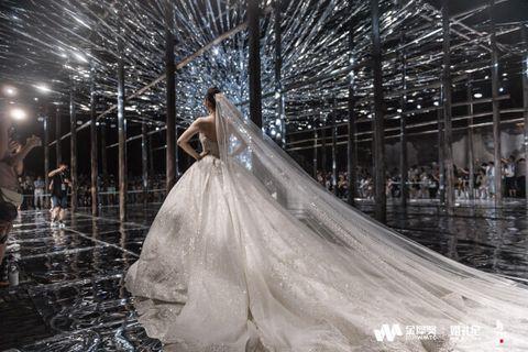 华思时尚《时空之门》