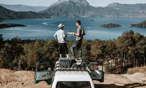 Vehicle, Mode of transport, Car, Transport, Travel, Minivan, Tourism, Automotive exterior, Vacation, Landscape,