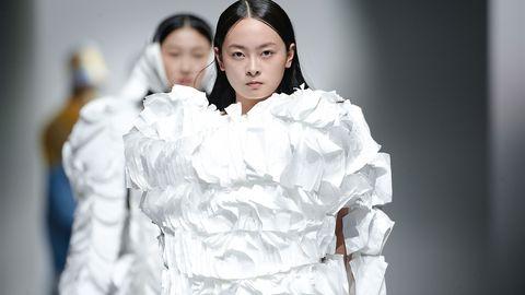 college of fashion and design,华东大学,新锐,设计师,回归自然,个性,突破