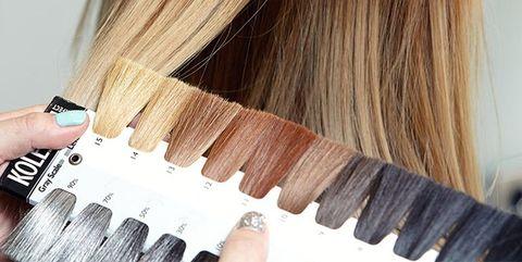 Finger, Brown, Nail, Organ, Blond, Brown hair, Beige, Tan, Long hair, Material property,