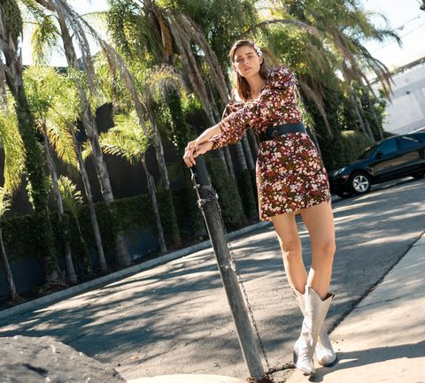 Clothing, Street fashion, Fashion, Shoulder, Beauty, Waist, Leg, Footwear, Snapshot, Cool,