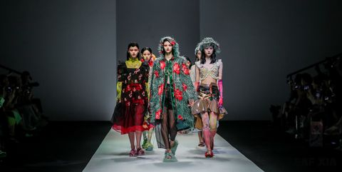 Fashion, Runway, Fashion show, Fashion design, Performance, Event, Public event, Model, Performance art, Fun,