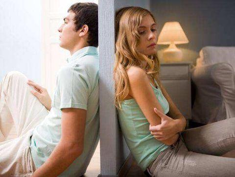 Sitting, Shoulder, Leg, Comfort, Room, Photography, Gesture, Leisure, Furniture,