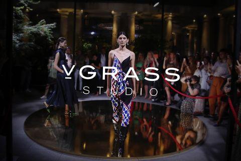 Fashion, Runway, Fashion show, Fashion design, Event, Dress, Performance, Fashion model, Haute couture, Performance art,